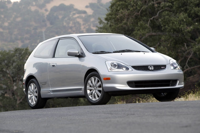 2004 2007 Toyota Camry Xle Sedan